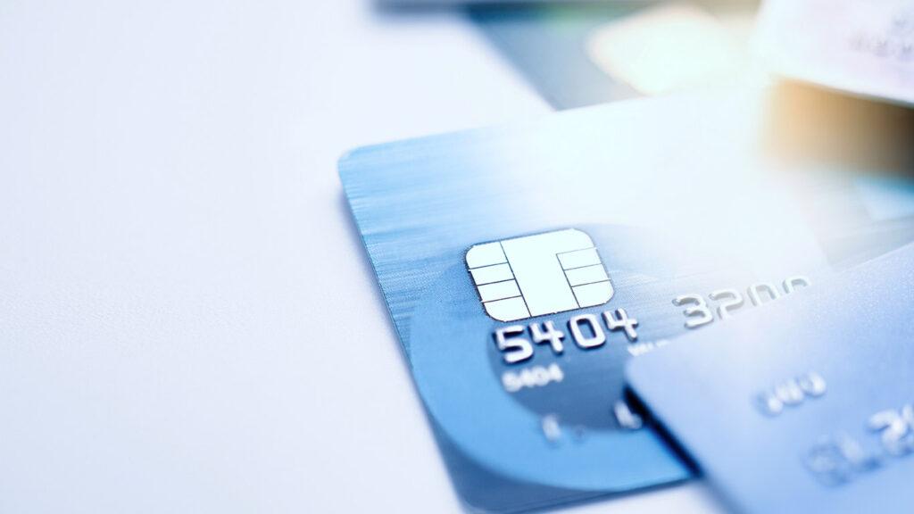 4 Major Differences - ATM Card Vs Debit Card